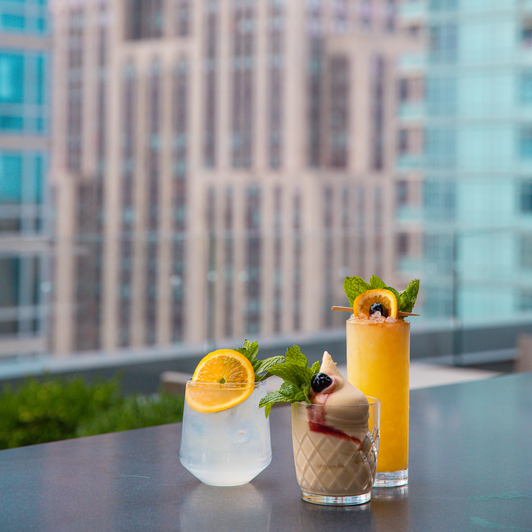 cocktails at Arlo NoMad rooftop